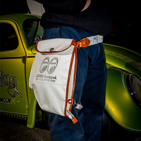 MOON Equipped 横浜 Canvas Bikers Body Bag