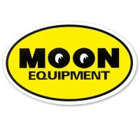 MOON Equipment Oval ステッカー