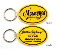 MOONEYES Oval Rubber Key Ring