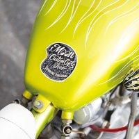 MOON Custom Cycle Shop ヘルメット ステッカー