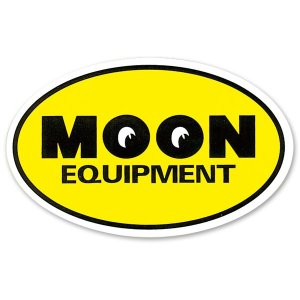 画像: MOON Equipment Oval ステッカー
