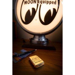 画像: MOON Equipped Zippo ライター (Brass)