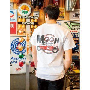 画像: MOON Equipment Red Roadster Tシャツ